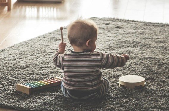 Baby Drumming