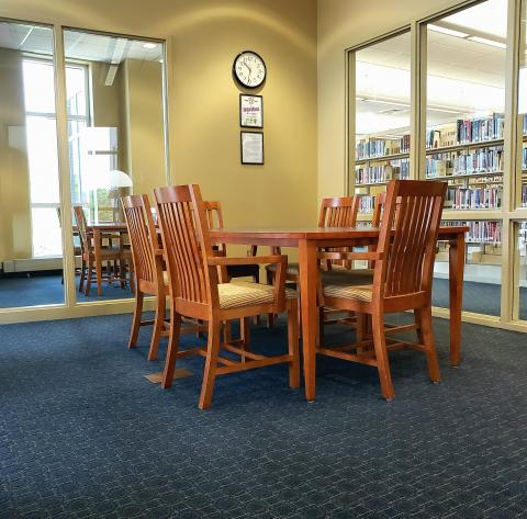 Wirt Study Room number 4 with table and chairs